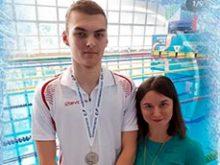 Андрей Антоненко на дистанции 50 метров классическими ластами стал победителем